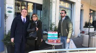 """Coronavirus ad Alassio, compleanno """"in quarantena"""" per un 82enne lombardo"""
