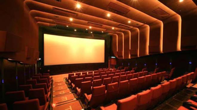 Riapertura cinema e teatri il 27 marzo, ok di massima dal CTS
