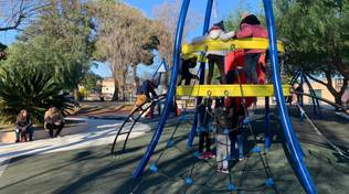 """Inaugurazione del nuovo parco giochi """"Robinson"""" a Vado Ligure"""