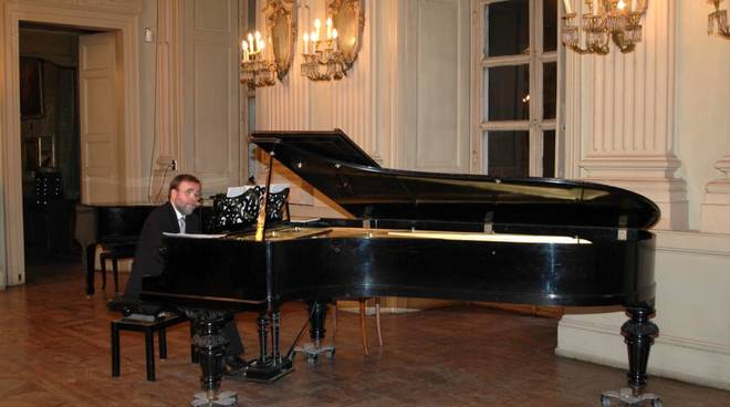 Pier Paolo Strona pianista
