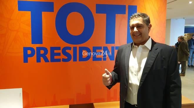 Regionali Liguria, Toti avvia la campagna elettorale ai Magazzini del Cotone