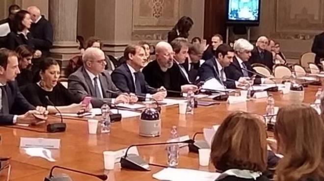 tavolo Scajola riunione