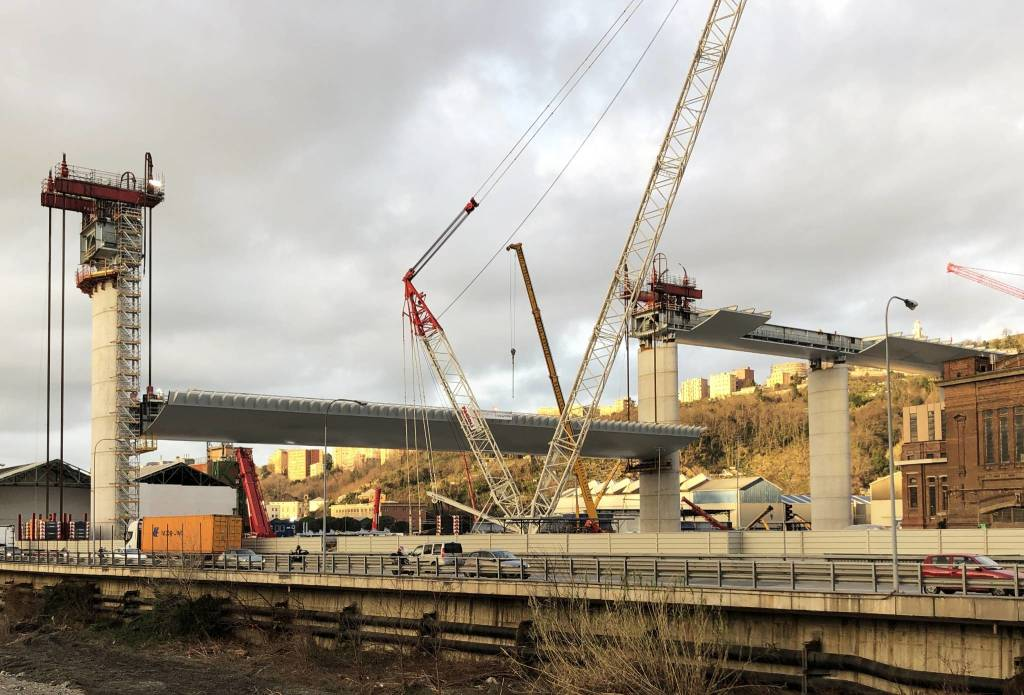 Varo impalcato 100 metri nuovo ponte