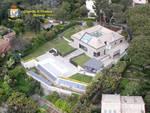 villa con piscina evasore