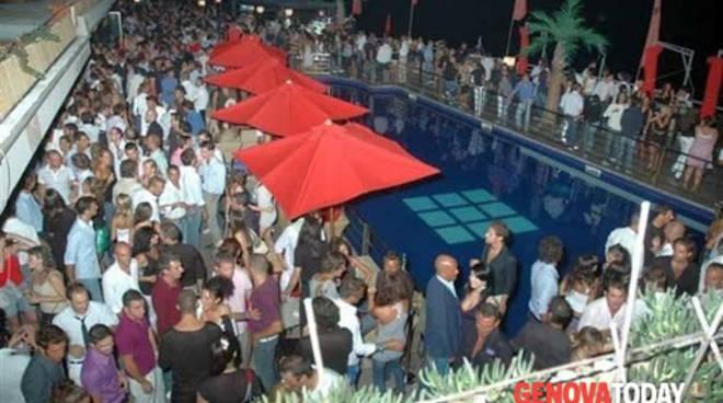 Sol Levante, inaugurazione serata Venerdì Varietà, ospite Enrique Balbontin, a seguire i dj Bibo e Beccia