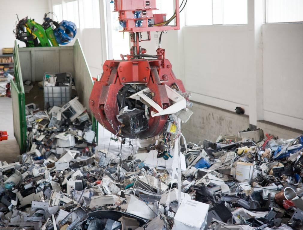 Remedia, la raccolta di rifiuti tecnologici in Liguria cresce del 3%