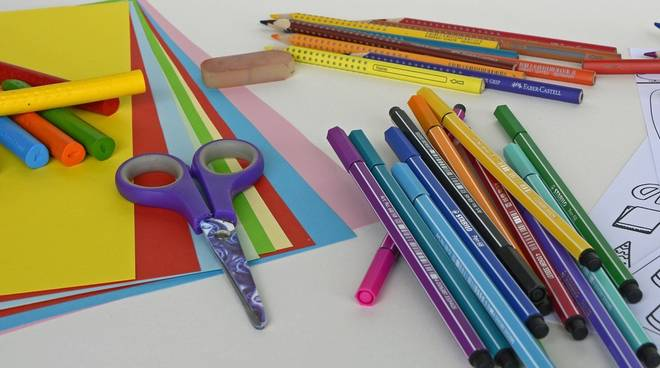 cartoleria pennarelli penne matite generica