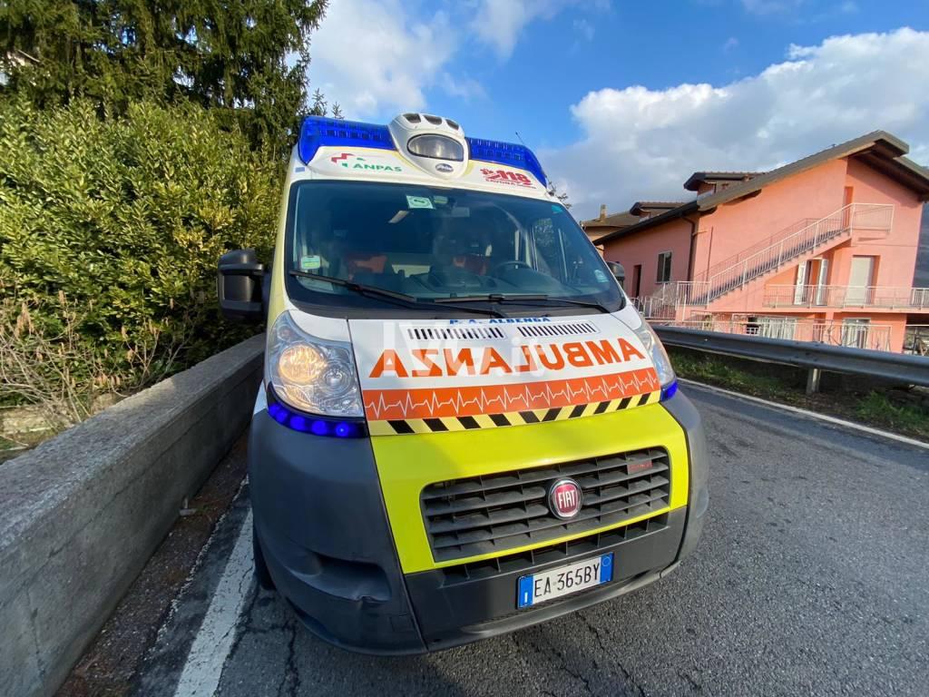 incidente stradale soccorsi generica ambulanza