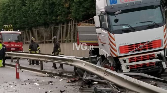 Incidente sulla superstrada di Vado