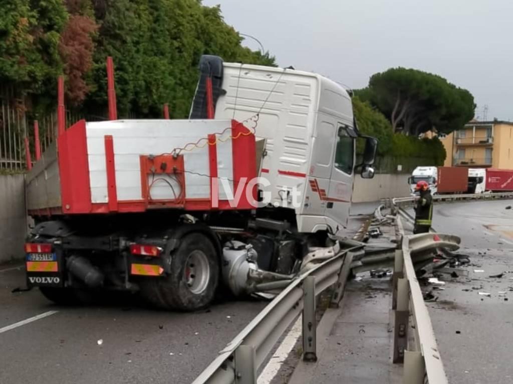 Incidente sulla superstrada di Vado