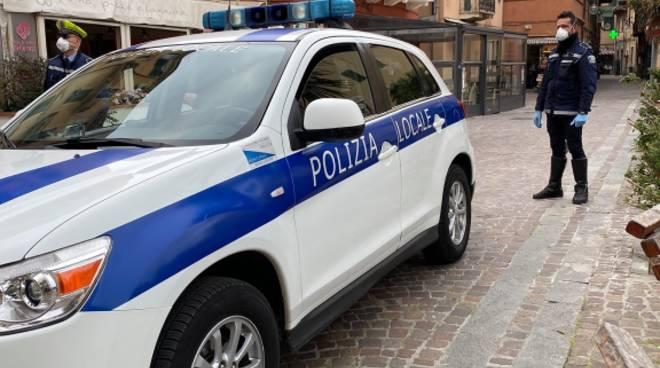 polizia locale vado ligure controlli