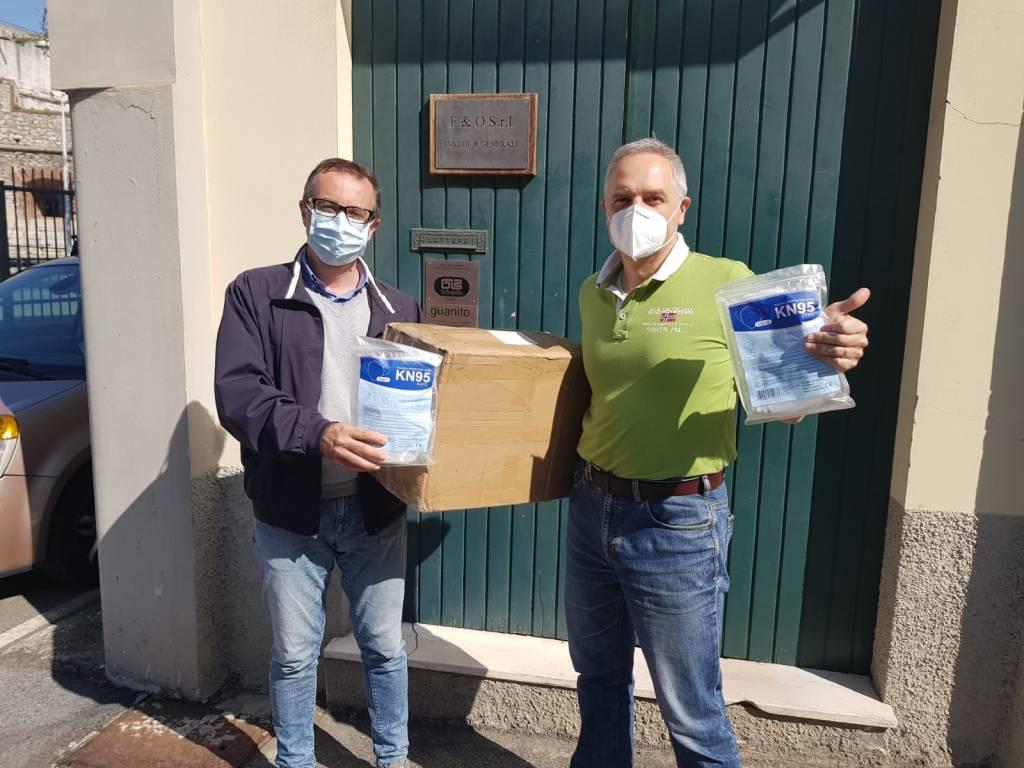 Sorpresa nell'uovo: 500 mascherine alla Cooperativa Agorà da Eticlab