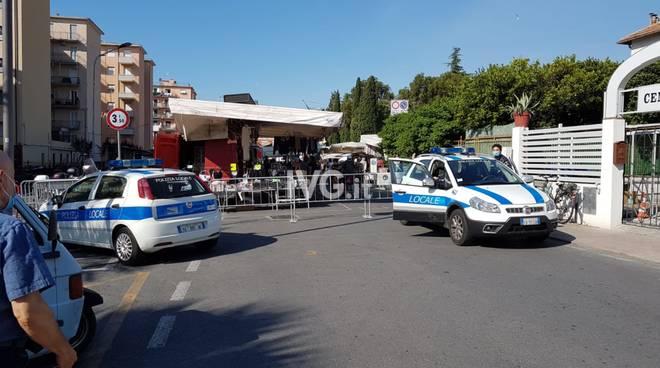 Mercato Loano polizia municipale