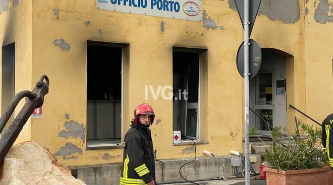 incendio porto Finale