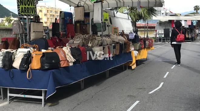 mercato albenga covid