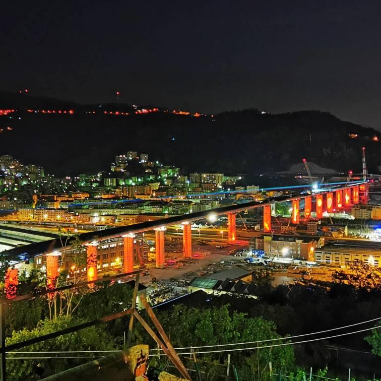 Ponte Genova rosso