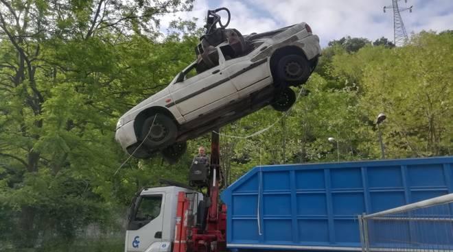 Recupero auto abbandonate e rottami