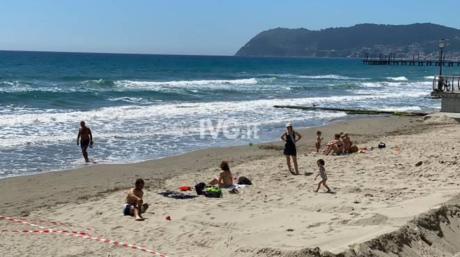 Spiaggia Alassio fase 2 Coronavirus