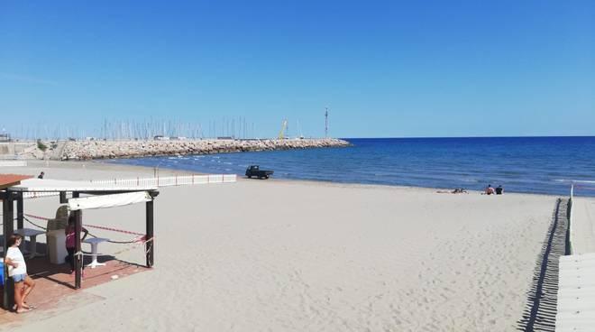 spiaggia mare generica