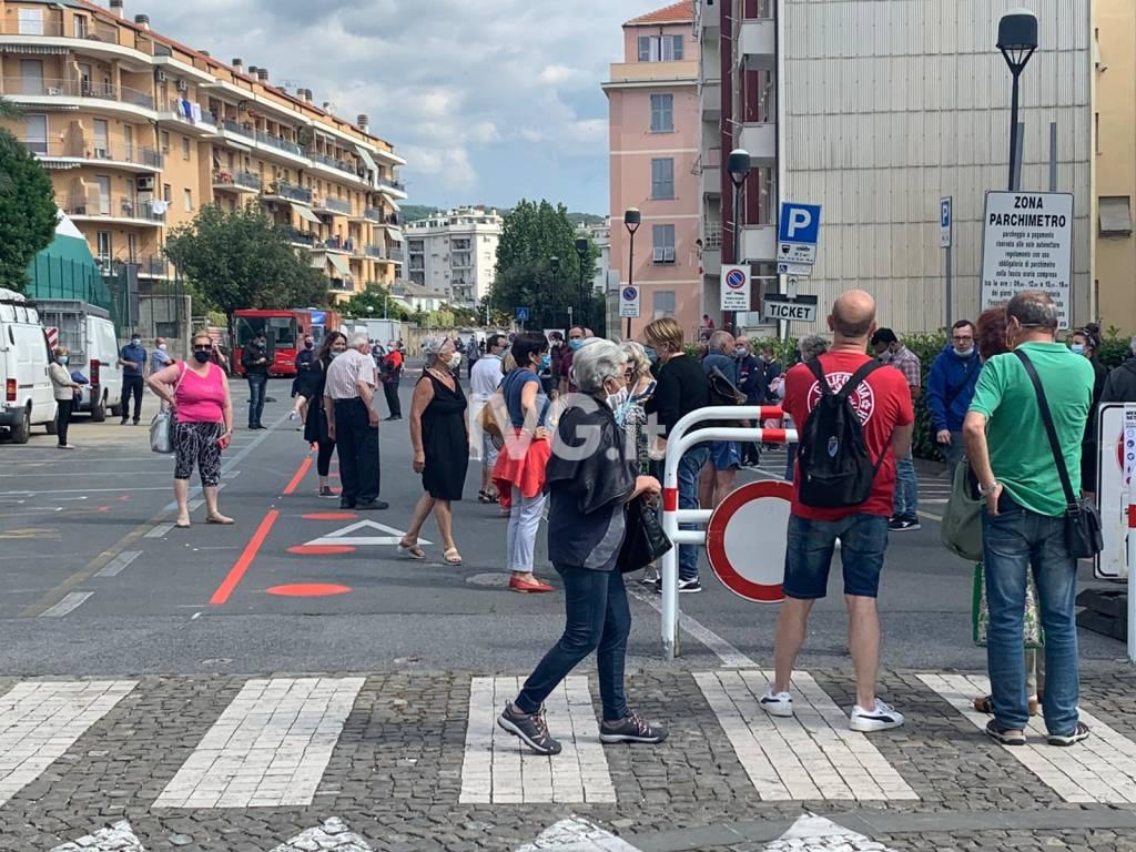 Vado, ritorna il mercato ma gli ambulanti non aprono per protesta
