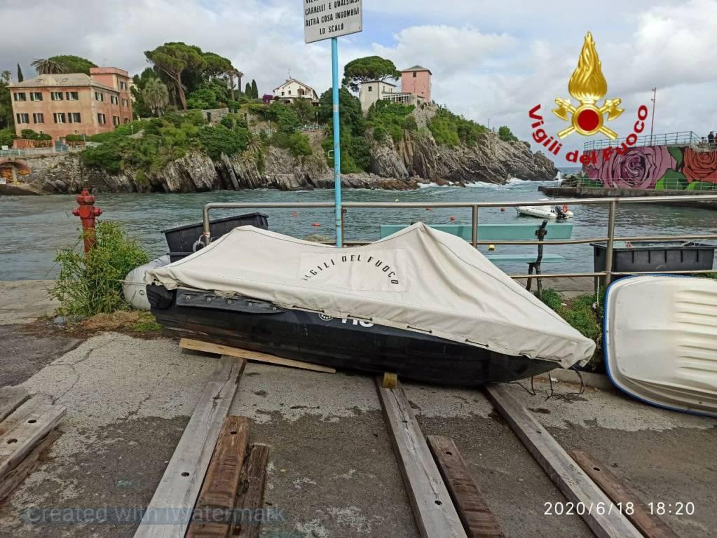 A Nervi arriva la moto d'acqua dei vigili del fuoco per i salvataggi in mare