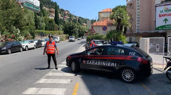Alassio, controlli a tappeto dei carabinieri