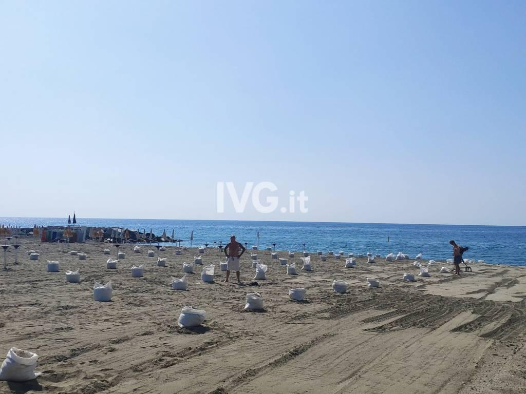 Coronavirus Spiaggia Albissola