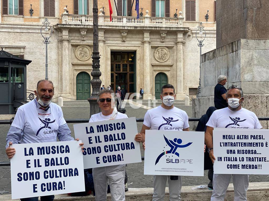 Fasciolo Manifestazione Roma