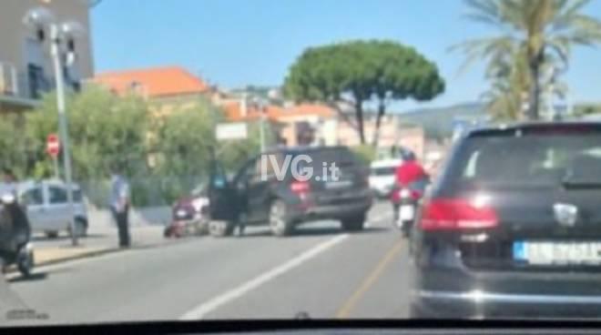 Scontro auto Scooter Pietra Aurelia