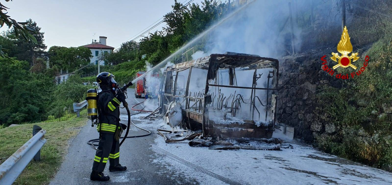 incendio bus chiavari