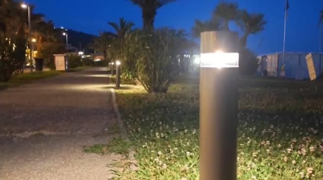 lungomare Andora lampioni generica