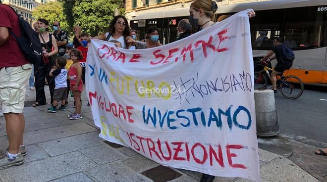 Manifestazione Priorità alla Scuola 25 giugno