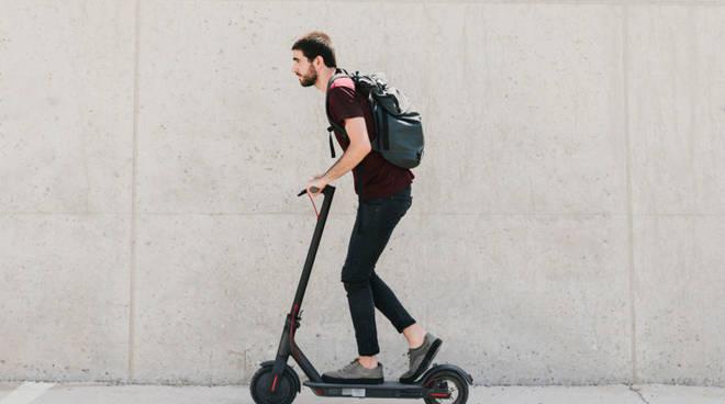 monopattino elettrico, mobilità green