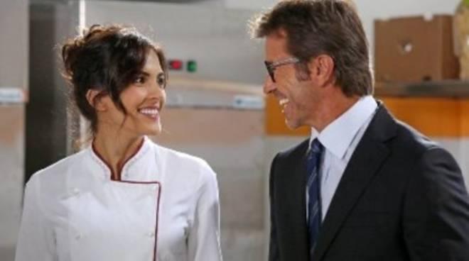 """Rocío Muñoz Morales e Paolo Conticini in """"Parlami d'amore Mariù"""""""