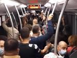 Bus Amt affollati a Genova