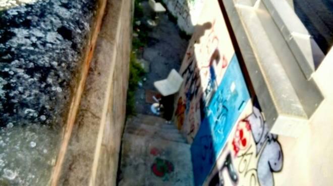 Degrado a Pietra Ligure, il reportage fotografico di Carrara