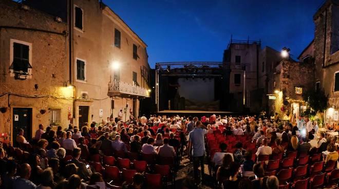 Festival Borgio