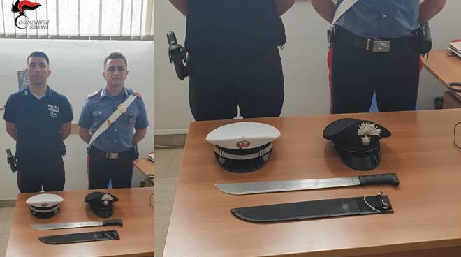 Machete Albenga Carabinieri