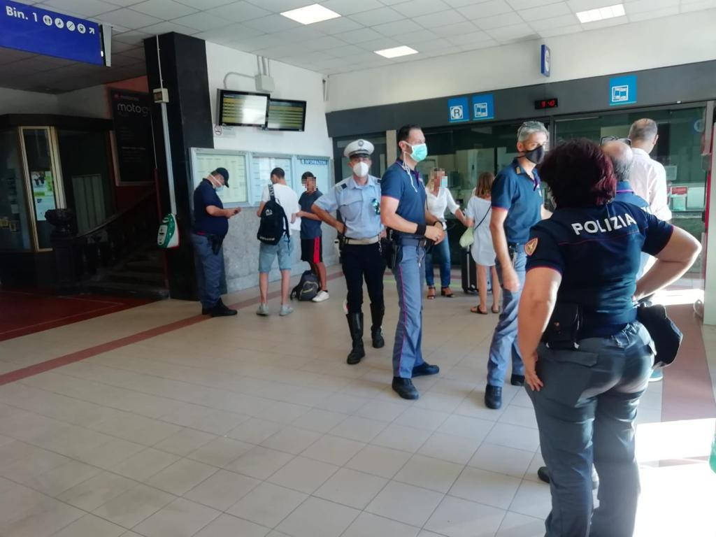 Controlli Stazione Alassio Polizia Locale Polizia Stato