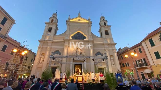 Il cardinale Bagnasco a Pietra Ligure