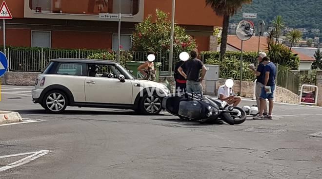 Loano incidente auto-scooter via Bergamo-via Foscolo