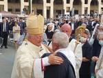 Monsignor Marco Tasca è il nuovo arcivescovo di Genova: la cerimonia dell'ordinazione