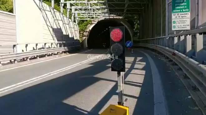 semaforo casello genova est