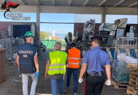 sequestro pannelli fotovoltaici carabinieri noe