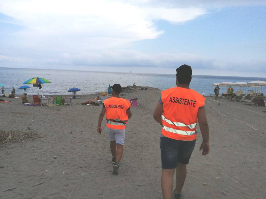 Steward spiagge libere Albenga