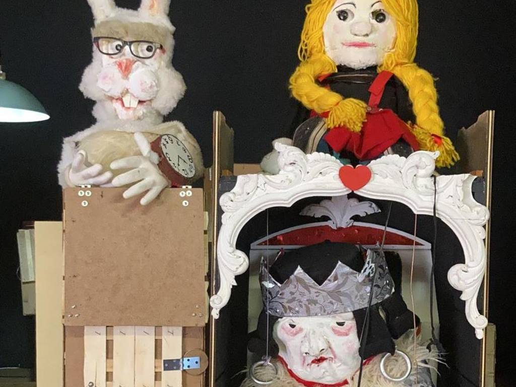 """Teatro dell'Erba Matta spettacolo """"Alice nel paese delle meraviglie"""""""