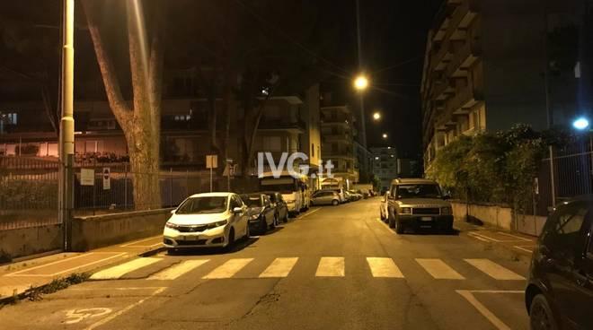 Via degli Orti Albenga notte