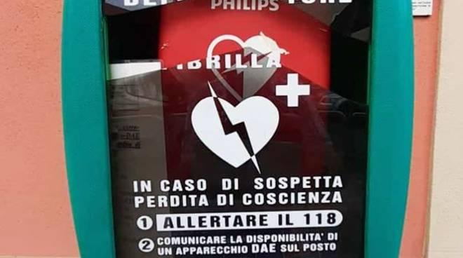 defibrillatore danneggiato