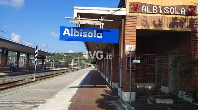 Stazione ferroviaria Albisola