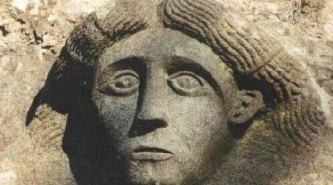 Liguria maschera archeologica